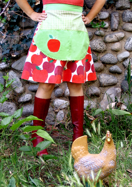 apple pickin' apron